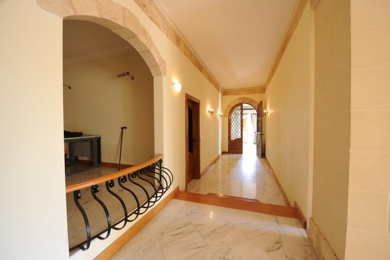Vila Chandon-Malta, chodba2