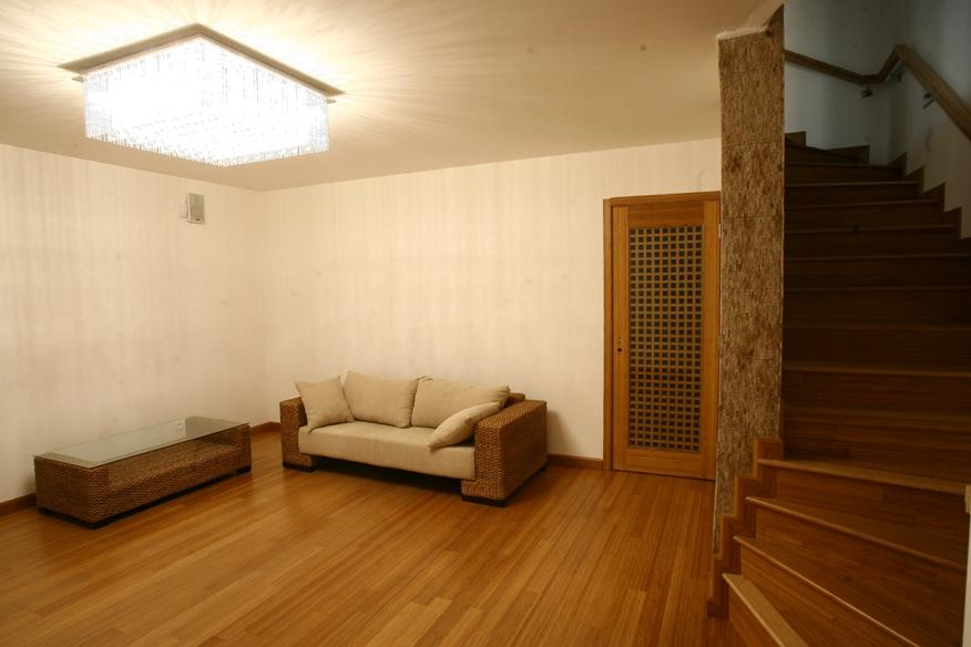 Dom2-Pezinska-spolocenska izba