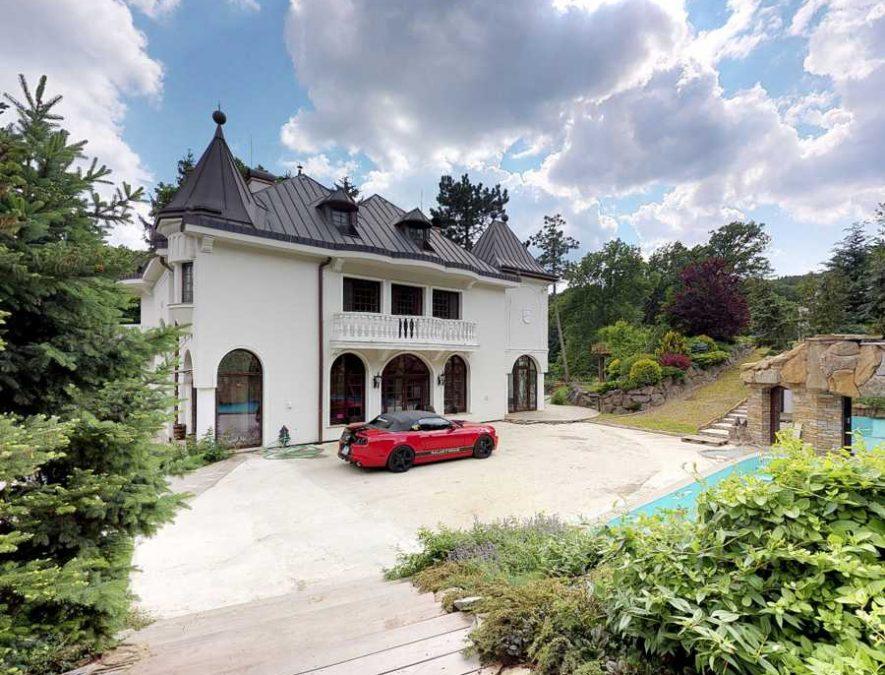 14a-upbuilders.net-gallerynn-manor-house-okruzna-3179-harmonia-modra-slovakia-LJz2tWGbYAqjUVIsQreB-885x675 (1)